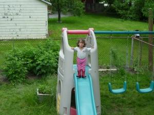 Slide all by self!
