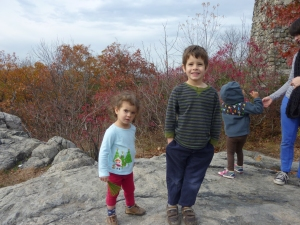 Halloween isn't the fun fall activity! The kiddos went on a hike with the preschool and enjoyed fall foliage!