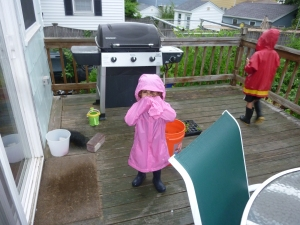 LP even got his little sister to play in the rain!